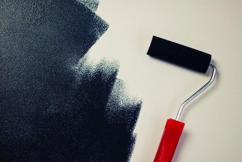 屋根塗装 塗料の耐用年数の相場は何年?